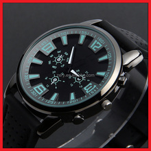 R20 Vogue Wrist Watch, Fashion Watch