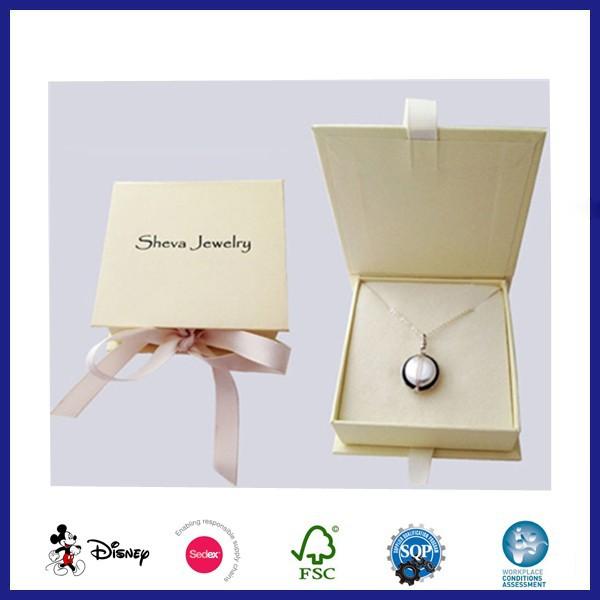 Decorative small cardboard jewelry box with lids for Small cardboard jewelry boxes with lids