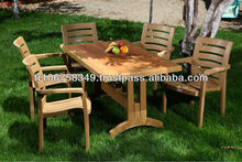 plastic garden table w,th wood decor