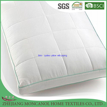 Quilted pillow with piping for hotel / home use