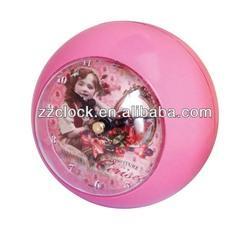 Ball shaped decorative table clock
