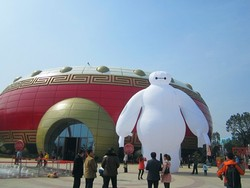 inflatable baymax with logo for display, giant inflatable hero baymax