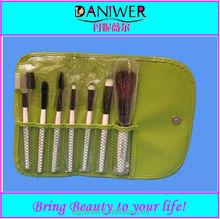 China 7pcs cosmetic makeup brush set kit with makeup bag