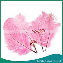 Barato 10 unids hogar decoración rosa de plumas de avestruz Artificial venta