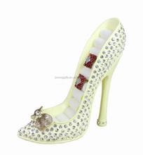 81041/BA0M Polyresin Glitter Shoe Ring Holder-Beige