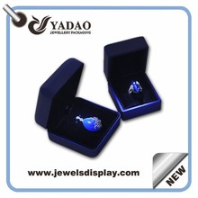 Factory price of stock metal LED light jewellery packing cases for jewelry shop and store party favors LED jewelry box whole set