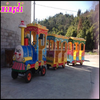 2015 new model amusement park rides battery trackless train for sale