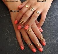 7PCS Cute Tiny Ring Set Gold Cross Finger Ring V Shape Ring