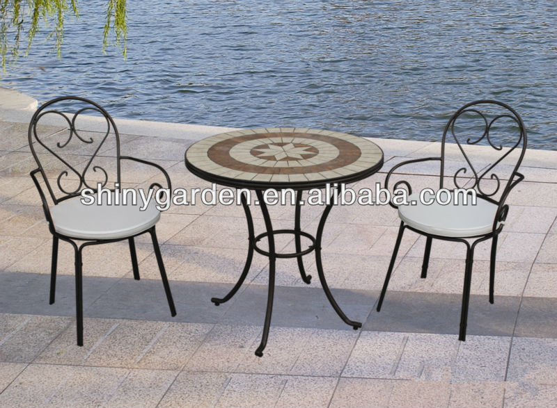 Mosa que table chaises pliantes en m tal ext rieure patio for Chaises pliantes de jardin