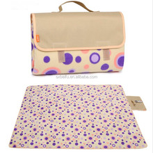 53*59 inch double layers folded into a bag printed fleece and nylon waterproof picnic mat
