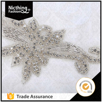 Fashion Designs wholesale leaf shape pearl bedaded silver crystal rhinestone applique trimming patches sewing on WRA125