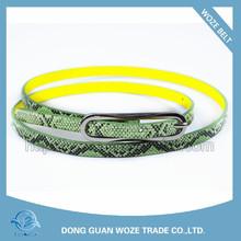 Cinturón con estampado de serpiente moda mujer