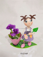 Hot selling doll theme types of flower vase Decoration Metal low factory price