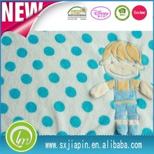 100%polyester knitted cute boy embroideried white &blue priented super soft fluffy baby blanket