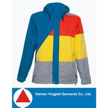 nueva llegada de estilo colorido al aire libre de los hombres chaqueta de invierno para ski