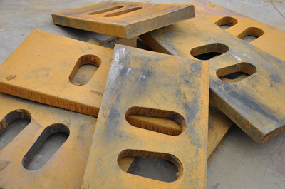 China crusher jaw crusher spare parts toggle plate