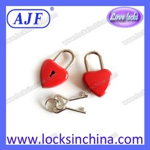 Popular Mini Red Heart shape lock and heart keys for promotional gifts