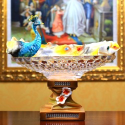 Retro fancy luxury resin peacock crafts home goods for fruit storage