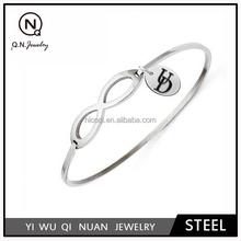 Delaware Fightin' Blue Hens Stainless Steel Infinity Bangle Bracelet