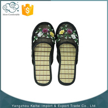 Latest design fashion lovely eva slippers and sandals
