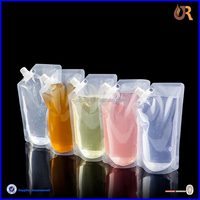 Family use plastic rum runner flask outdoor wine spout bag