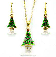 Christmas Eve Christmas gift fashion necklace Merry Green Enamel Christmas Tree Necklace Earrings Set