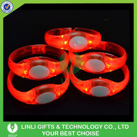 Popular Selling 2014 Plastic Led Light Bracelet
