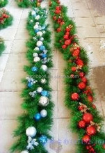 HOT SALE! 8 FT Green PVC Christmas Tinsel,Green Leaf Tinsel Garland,BALLs decoratived PVC garland