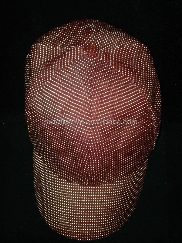 reflective yarn hat.JPG