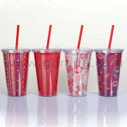 disposable plastic cups and containers