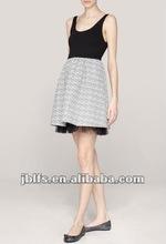 2012 New Design Ladies Dress Black and White