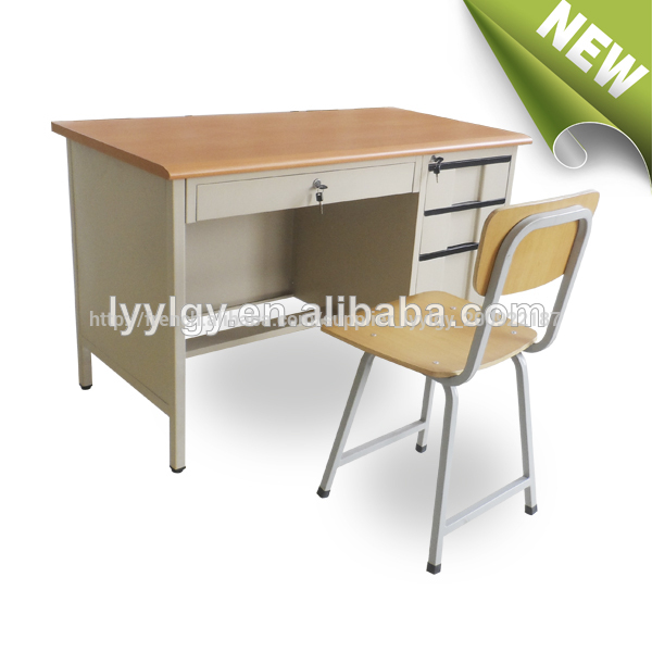 Plus Tard L 39 Cole Meubles Table D 39 Ordinateur De Bureau