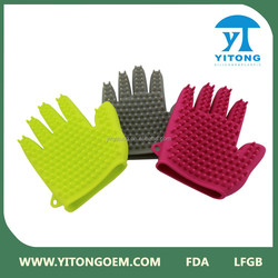 pet brush glove for dog and cat/ Siliconecleaning pet glove/ pet brush glove