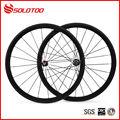 Superficie brillante 700c rueda de la bicicleta de carbono de 38mm clincher ruedas con los cubos + radios- pastillas de freno