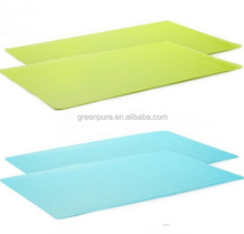 Eco-friendly gold oval vinyl non-slip placemats
