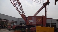 used but excellent Manitowoc 200 ton crawler crane,