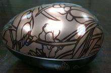 Egg shape of tin box for christmas gift