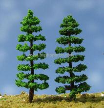 En miniatura de plástico artificial a escala de árboles para el diseño del tren, el modelo de arquitectura de diseño