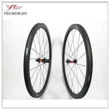 Tubeless carbon wheels 700c road 38mm clincher wheels with DT straight pull hub for bike ride