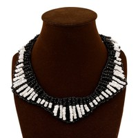 Yiwu factory vintage handmade jewelry black white seed bead fake collar necklace