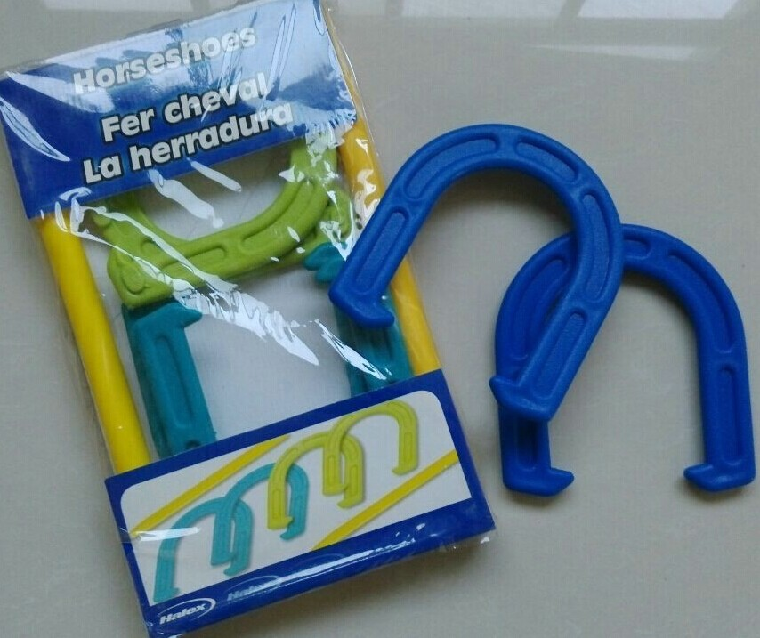Deluxe outdoor fun for famtoy plastic horseshoe buy for Where to buy horseshoes for crafts