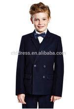 Bleu marine, double boutonnage, fait sur mesure costumes garçon pour le mariage