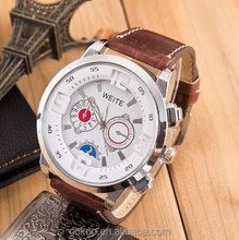 Leather wrist of the quartz men watch for sports