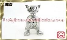 Hot sale zinc alloy cat shaped name card holder standard clock