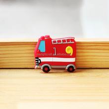 販促カスタムゴム3dpvcラバー子供の車の冷蔵庫用マグネット
