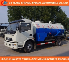 vacuum sewage trucks 6,000liters water cleaning tank sewer suction truck