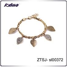 European new arrivals classic retro leaf pendant custom bracelet