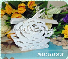 High quality Laser Cut white rose paper wedding candy box chocolate favour box baby shower gift box new born gift