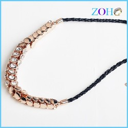 2015 fashion hot sale trendy wild Artificial black short sweater necklace for women