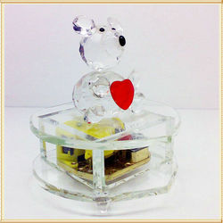 Yiwu Manufacturer Crystal Music Box Gift For Wedding Favor